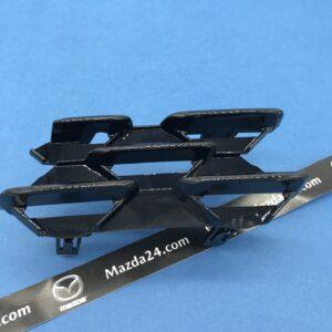 BCKB50154 - Mazda 3 BP sedan (2019-2021) grille cover right black gloss