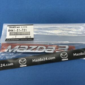 BHN151721 - 2014-2018 Mazda 3 sedan trunk lid badge (model name)