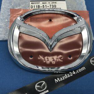 D11B51730 - Mazda CX-3 trunk lid emblem (Mazda logo)