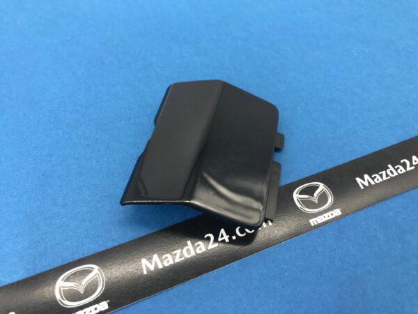 G4YL50EK151 - MAZDA 6 rear bumper tow hook cover right (black, 41W)